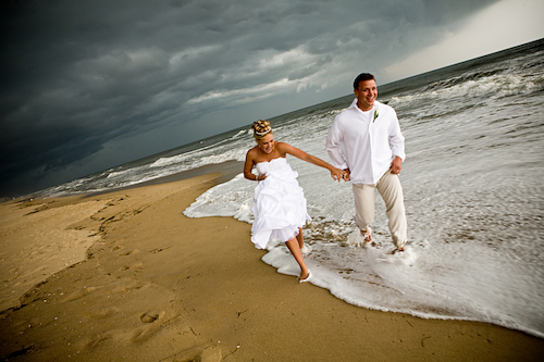 Mother Nature Couldnt Keep This Couple From Thoroughly Enjoying Their Fabulous Beach Wedding In Ocean City Maryland The Weather Called For Thunderstorms